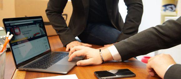 Come rilanciare la propria azienda nel mercato digitale Luca Marchese